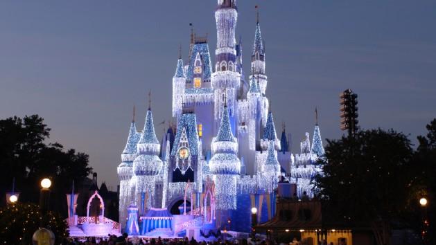cinderella-holiday-wish-00